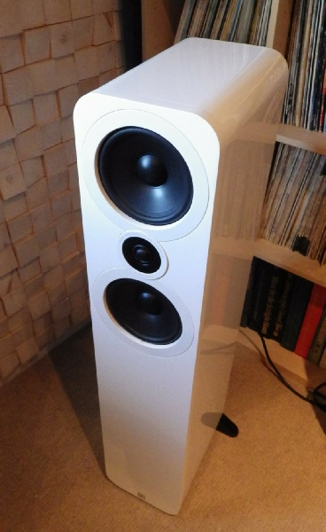 Deco Audio Speakers1