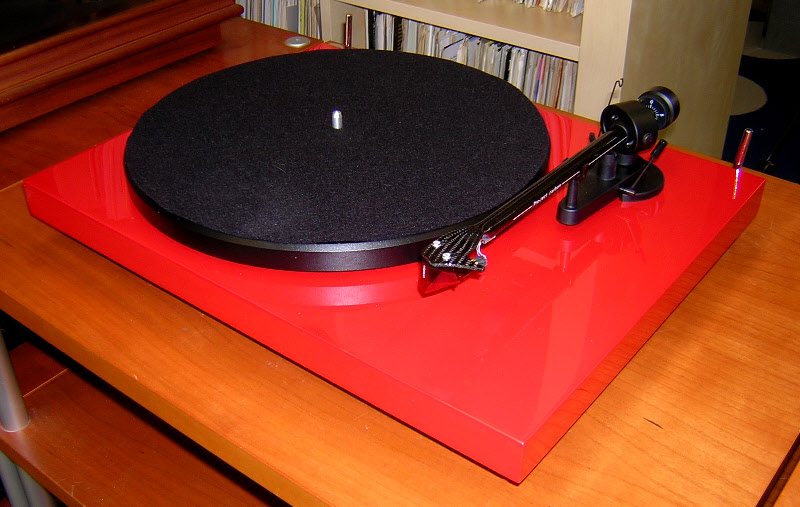 Deco Audio Turntables 01